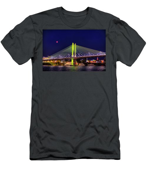 Blood Red Moon Over Tilikum Crossing Men's T-Shirt (Athletic Fit)
