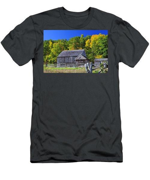 Blue Sky Autumn Barn Men's T-Shirt (Athletic Fit)