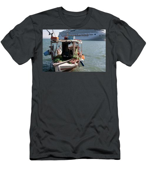 Boat And Ship Men's T-Shirt (Athletic Fit)