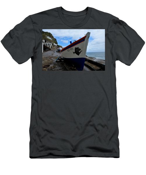 Boats,fishing-26 Men's T-Shirt (Athletic Fit)