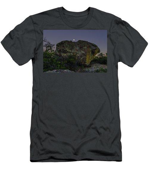 Boulder Moonrise Men's T-Shirt (Athletic Fit)