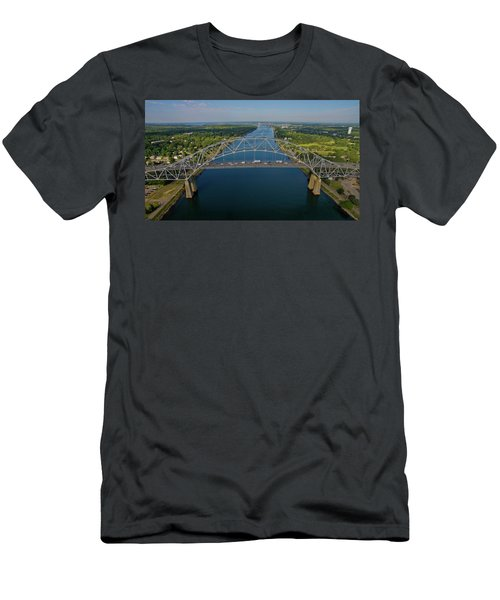 Bourne Bridge, Ma Men's T-Shirt (Athletic Fit)