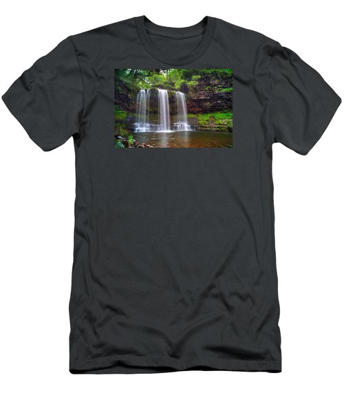 Brecon Beacons National Park 4 Men's T-Shirt (Athletic Fit)