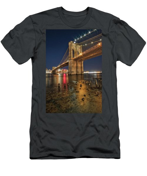 Brooklyn Bridge At Night Men's T-Shirt (Athletic Fit)