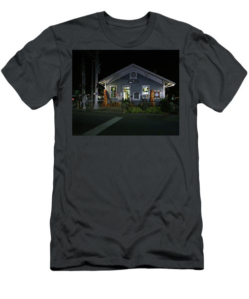 Bryson City Train Station Men's T-Shirt (Slim Fit) by Lamarre Labadie