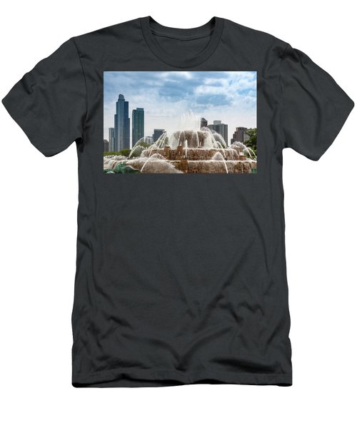 Buckingham Fountain In Chicago Men's T-Shirt (Athletic Fit)