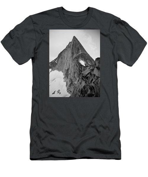 Bugaboo Spire Men's T-Shirt (Athletic Fit)