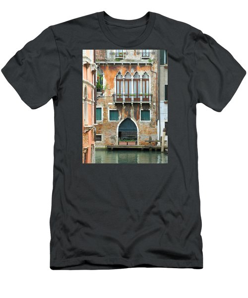 Buildings Of Venice Men's T-Shirt (Slim Fit) by Lisa Boyd