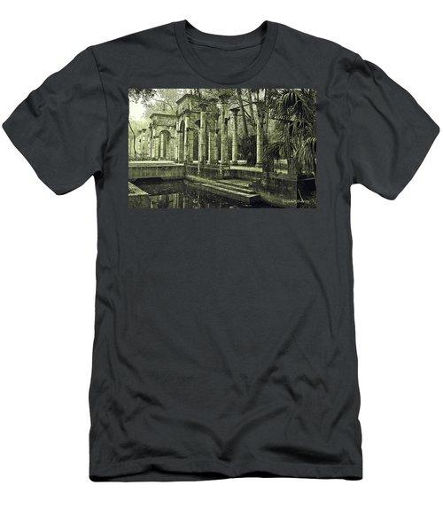 Calle Grande Ruins Men's T-Shirt (Athletic Fit)