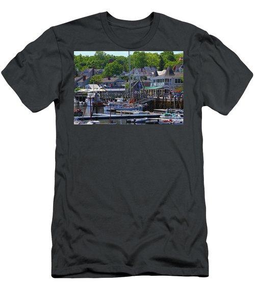 Camden Village Maine Men's T-Shirt (Athletic Fit)