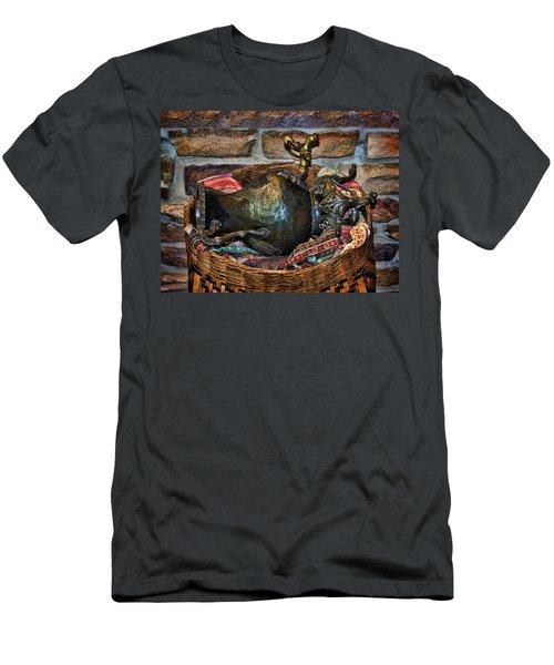 Camelback 8846 Men's T-Shirt (Athletic Fit)