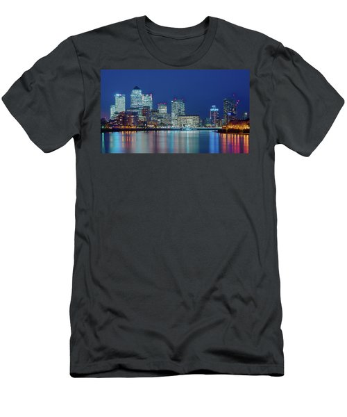 Men's T-Shirt (Athletic Fit) featuring the photograph Canary Wharf by Stewart Marsden