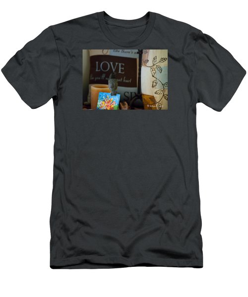 Canto De Amor... Men's T-Shirt (Athletic Fit)