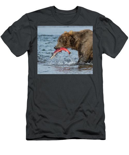 Catching The Prize Men's T-Shirt (Athletic Fit)