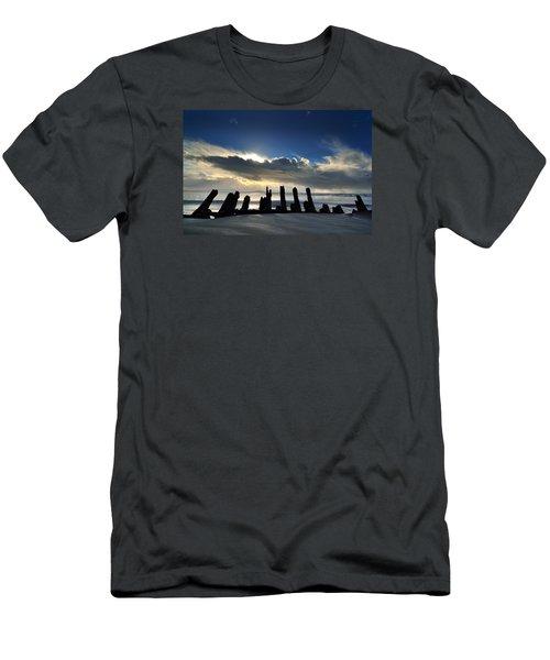 Cefn Sidan Beach 5 Men's T-Shirt (Athletic Fit)