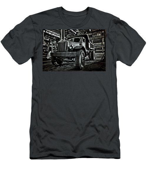 Chain Drive Sterling Men's T-Shirt (Athletic Fit)