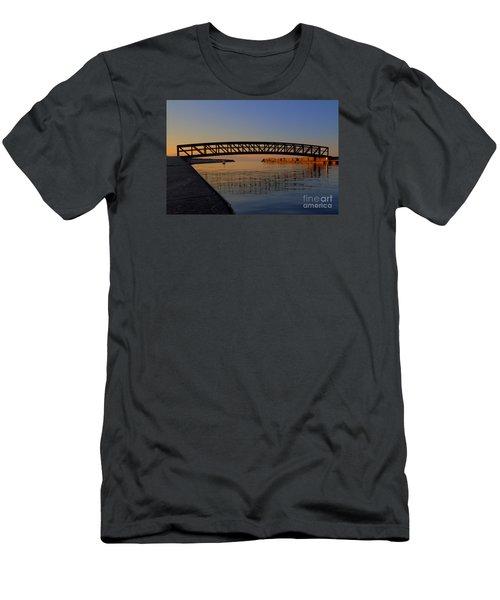 Channel Sunset Men's T-Shirt (Athletic Fit)