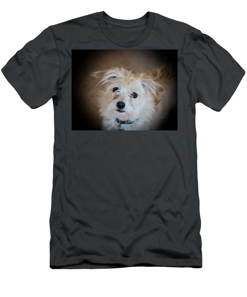 Chica On The Alert Men's T-Shirt (Athletic Fit)