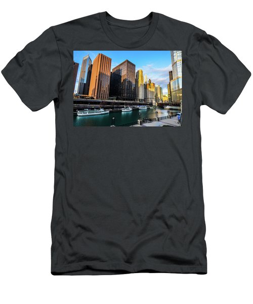 Chicago Navy Pier Men's T-Shirt (Athletic Fit)