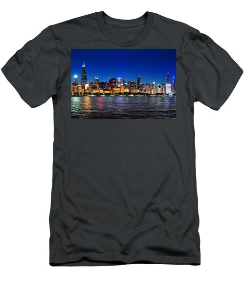 Chicago Shorline At Night Men's T-Shirt (Athletic Fit)