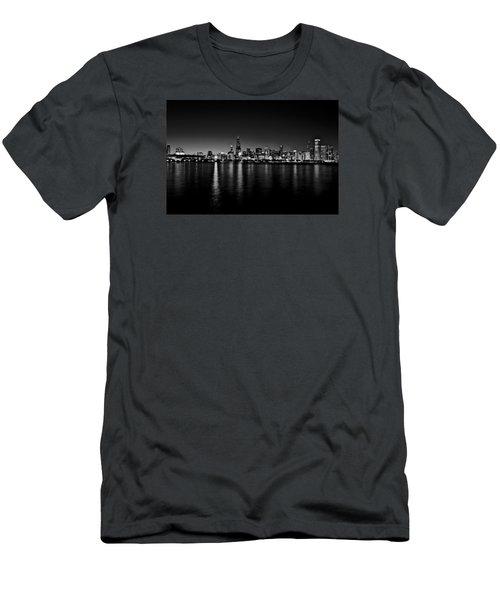 Chicago Skyline Bnw Men's T-Shirt (Slim Fit) by Richard Zentner
