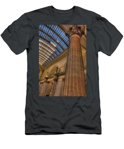 Chicago Union Station Column Men's T-Shirt (Athletic Fit)