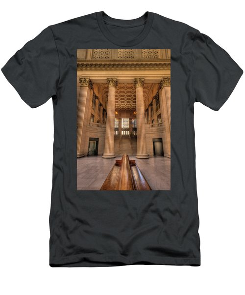 Chicagos Union Station Waiting Hall Men's T-Shirt (Athletic Fit)