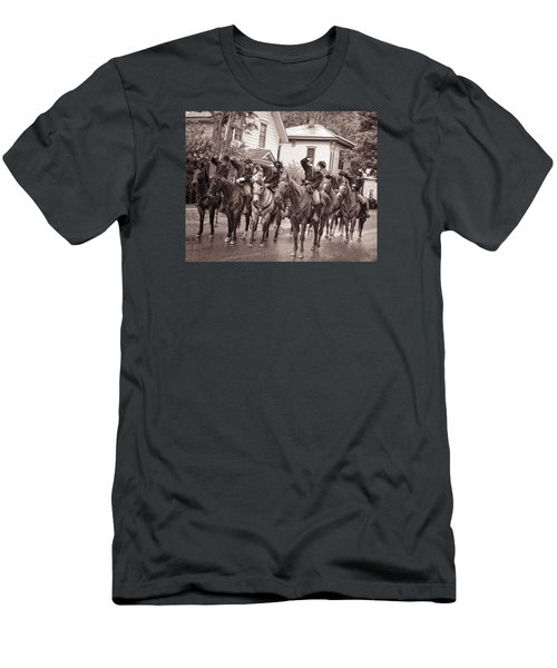 Civil War Soldiers On Horses Men's T-Shirt (Athletic Fit)
