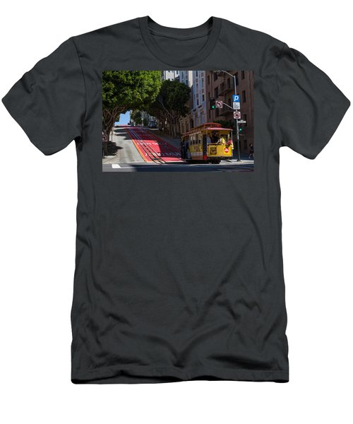 Clang Clang Goes The Cable Car Men's T-Shirt (Athletic Fit)