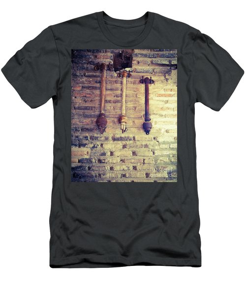 Clappers Men's T-Shirt (Athletic Fit)