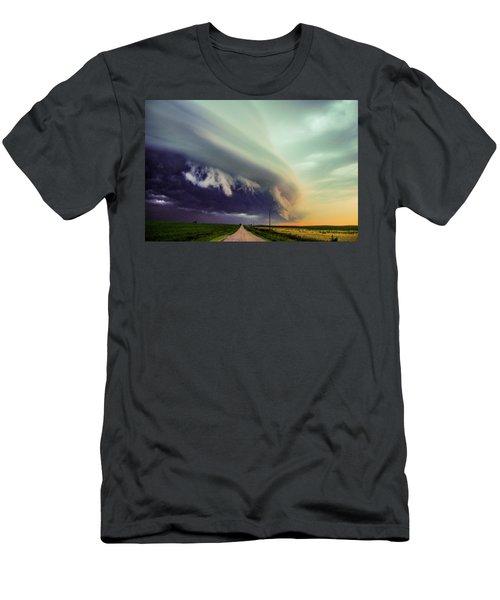 Classic Nebraska Shelf Cloud 024 Men's T-Shirt (Athletic Fit)