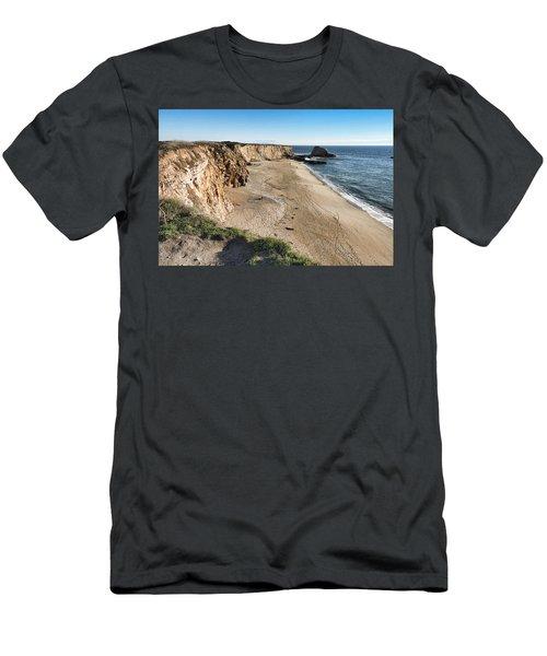 Cliffs Of Davenport Men's T-Shirt (Athletic Fit)