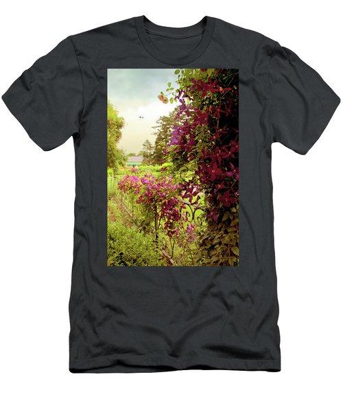 Climbing Clematis Men's T-Shirt (Athletic Fit)
