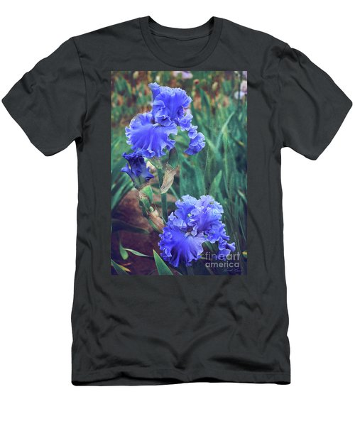Men's T-Shirt (Athletic Fit) featuring the photograph Close To Heaven by Linda Lees
