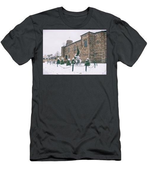Colchester Castle Men's T-Shirt (Athletic Fit)