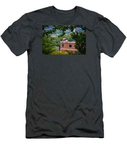 Connecticut Men's T-Shirt (Athletic Fit)