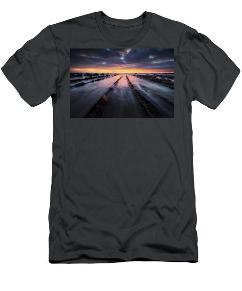 Converging To The Light Men's T-Shirt (Athletic Fit)