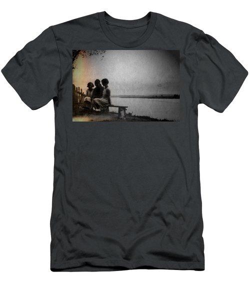 Converse Men's T-Shirt (Athletic Fit)