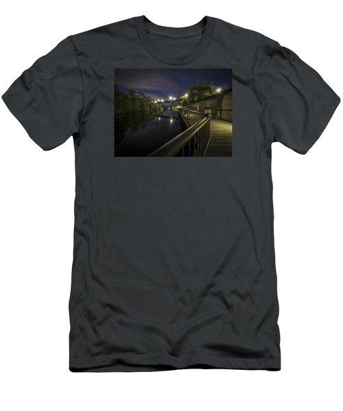 Conway Riverwalk Morning Men's T-Shirt (Athletic Fit)