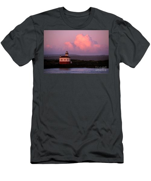 Coquille River Lighthouse Sunset Men's T-Shirt (Athletic Fit)