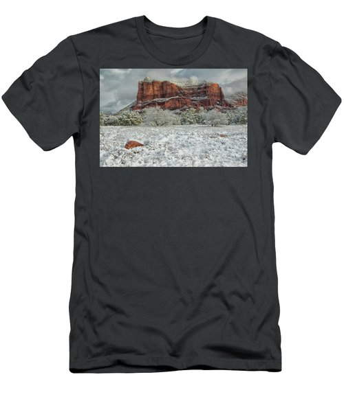 Courthouse In Winter Men's T-Shirt (Athletic Fit)