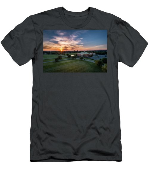 Courthouse Sunset Men's T-Shirt (Athletic Fit)