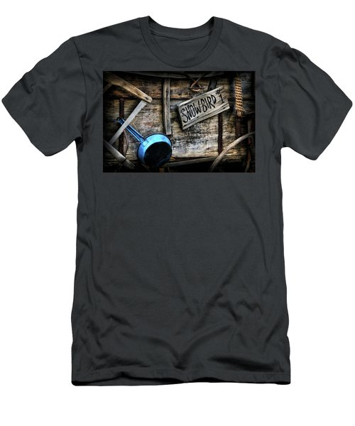 Covered Wagon Men's T-Shirt (Athletic Fit)