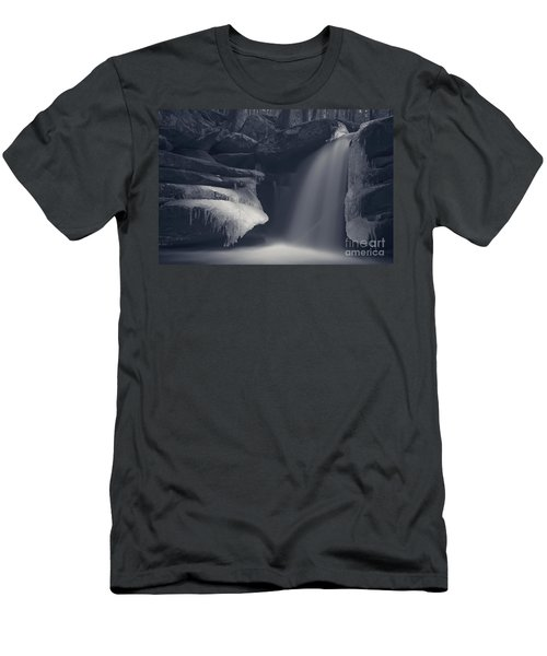 Darkness Falls Men's T-Shirt (Athletic Fit)