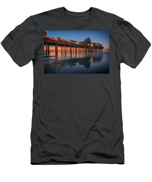 Men's T-Shirt (Athletic Fit) featuring the photograph Dawn On Old Orchard Beach by Rick Berk