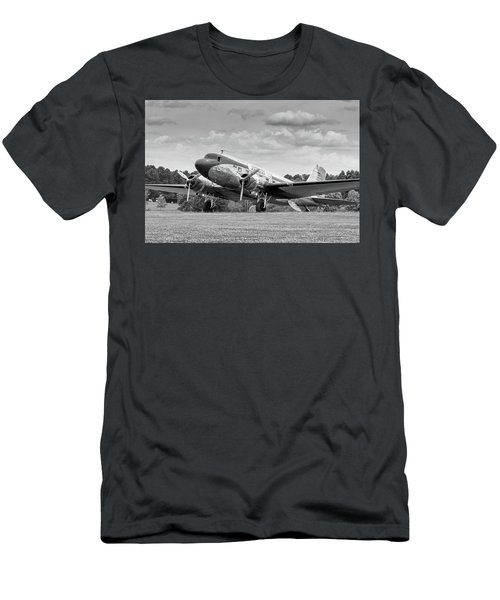 Dc-3 On Grass Men's T-Shirt (Athletic Fit)