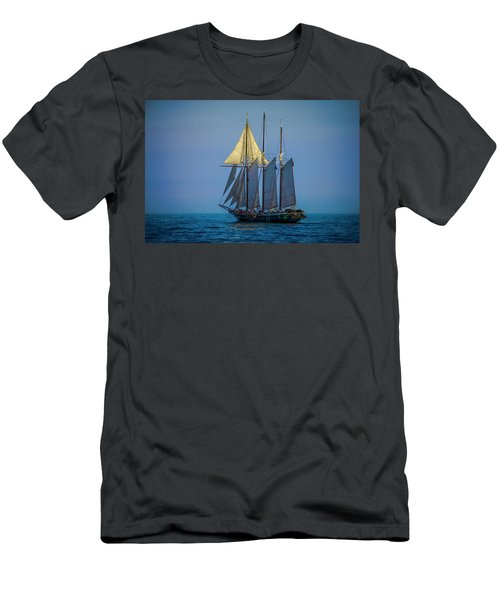 Denis Sullivan - Three Masted Schooner Men's T-Shirt (Athletic Fit)