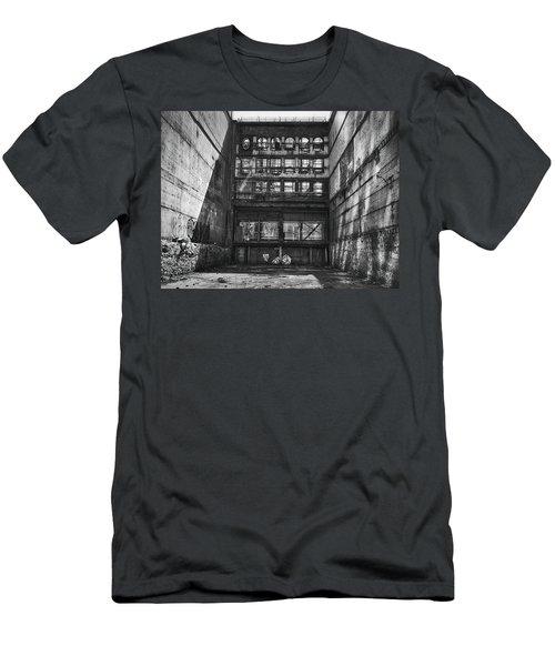 Derelict Demolition Men's T-Shirt (Athletic Fit)