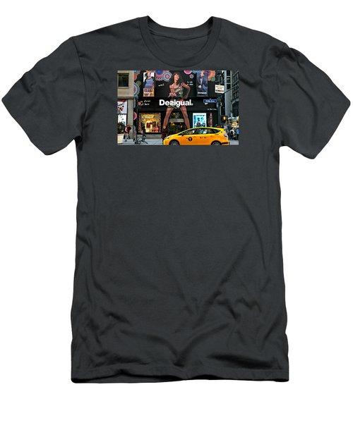 Desigual Men's T-Shirt (Athletic Fit)