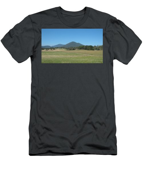 Distant Moutains Men's T-Shirt (Athletic Fit)